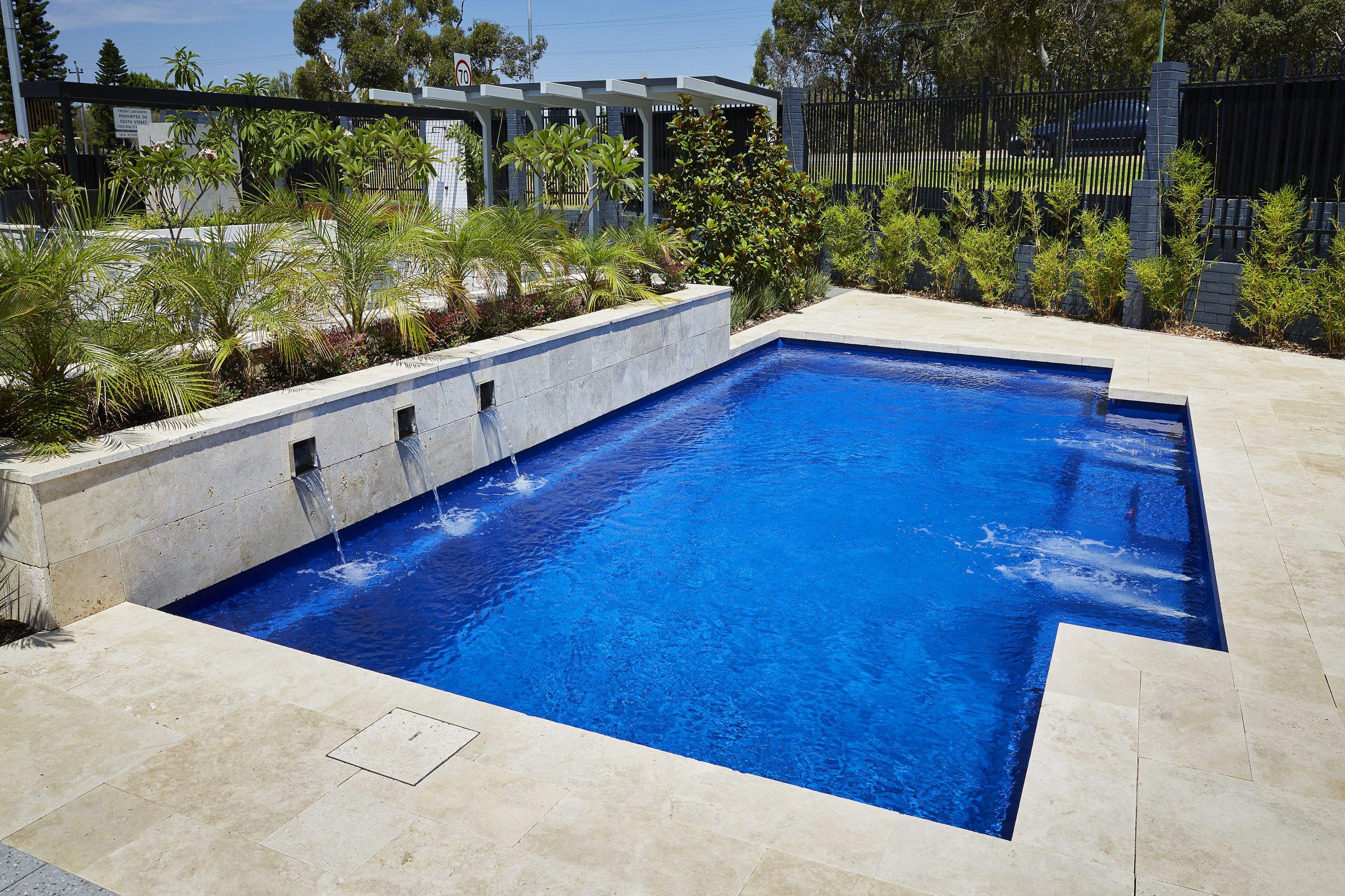 mineral pool royal blue