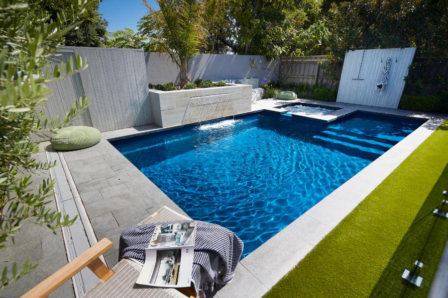 7m Manhattan Swimming Pool Slimline