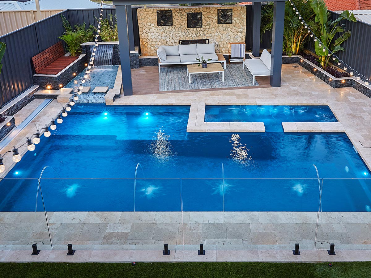 resort-8m-pool (1)